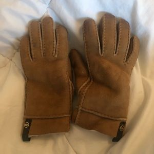 Ugg Tenney Water Resistant Sheepskin Gloves